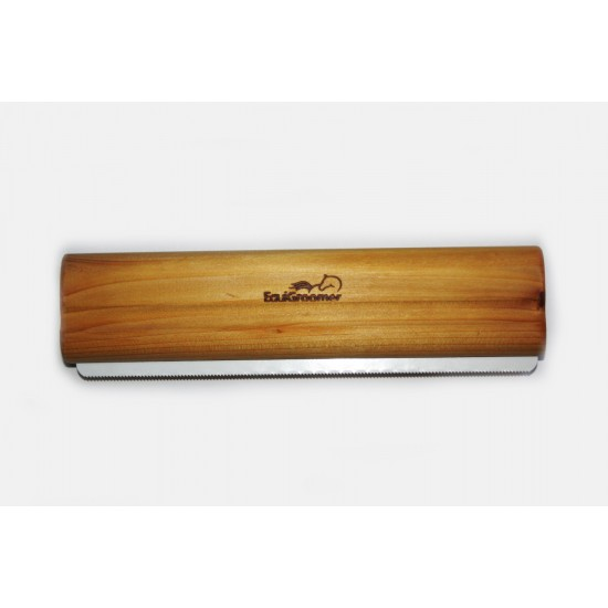 Equigroomer Large 8 inch - Natural cedar